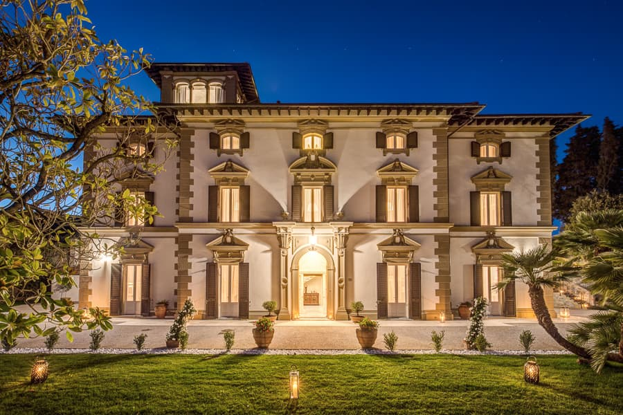 Villa Mussio by night