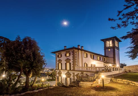 Villa Mussio Tuscany - by night
